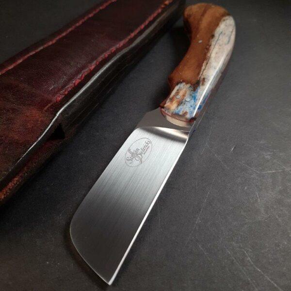 No 3. Biltong Knife - N690 & Giraffe Bone