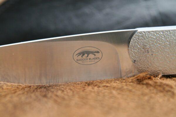 Badger Blades Shayne McIntyre-Hunter N690 Blue black G10